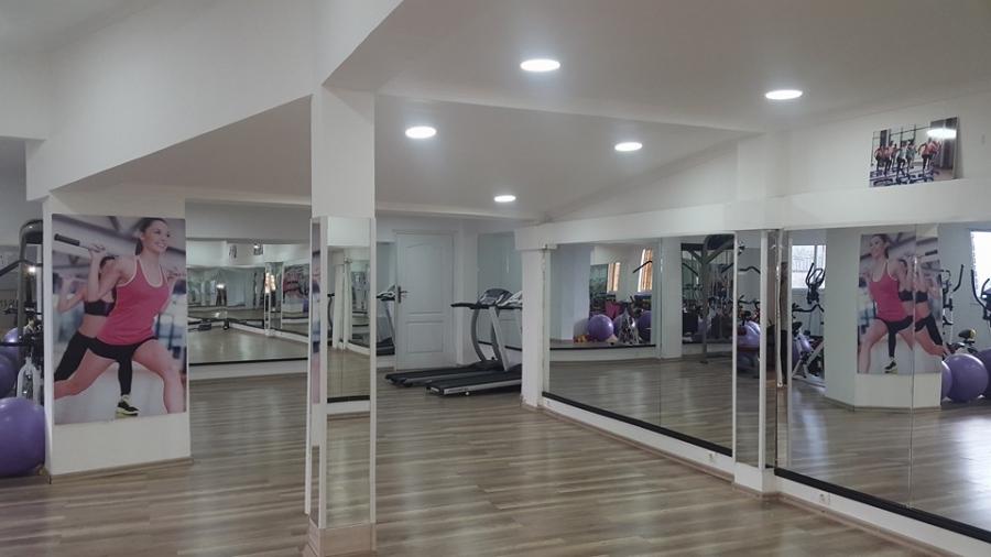 ghosin fitness nouvelle salle de sport. Black Bedroom Furniture Sets. Home Design Ideas